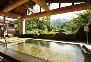 焼山温泉・美人の湯・露天風呂 清風館